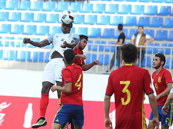 UEFA U-17 CHAMPIONSHIP: Quarter-finals, Spain - England 1:0 (photos)