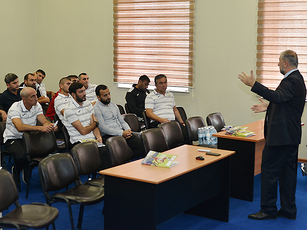 Professional trainings for coaches (photos-3)