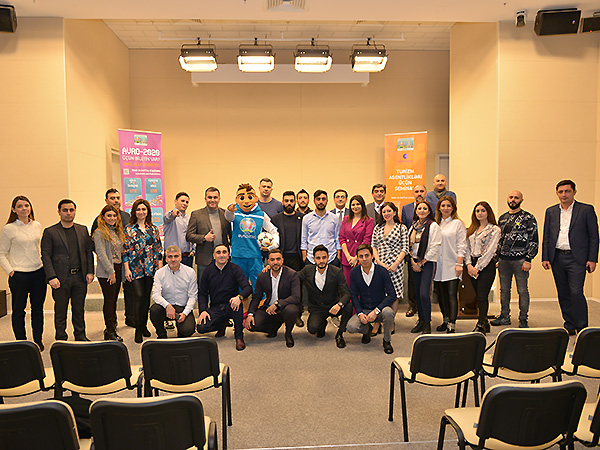 A seminar on Euro 2020 was held for tourism companies (photos)}